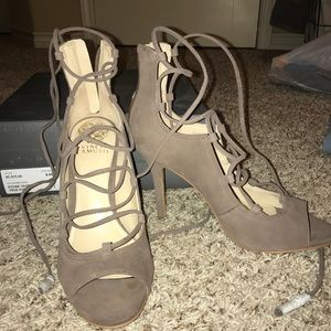 Vince Camuto lace heels